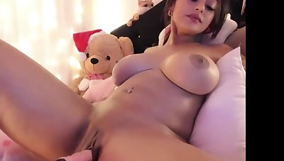 Hideous And Busty Cam Girl Makes Out With Sex Machine